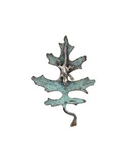 Oak Leaf with Silver Lizard Pin