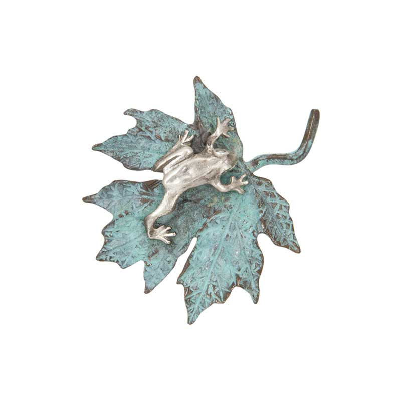 Maple Leaf with Silver Frog Pin
