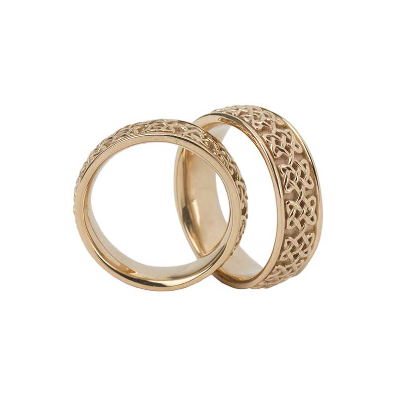 Never Ending Hearts Ring, 14 kt. Yellow Gold.