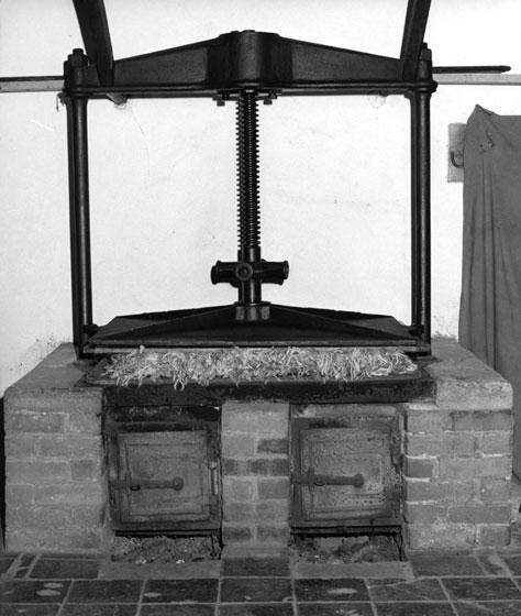 Shawls in hot press